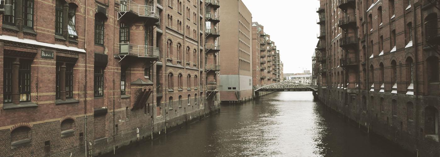 Marktforschung-Experten-Hamburg-Online-Qualitativ-Quantitativ-Digitalisierung-Mittelstand-Startups-Große Unternehmen-Banken-Versicherungen-Kosmetik-Konsumgüter-FMCG-Konsumenten-B2B-B2C-Verbraucher-Umfragen-Befragung-Panel-Software